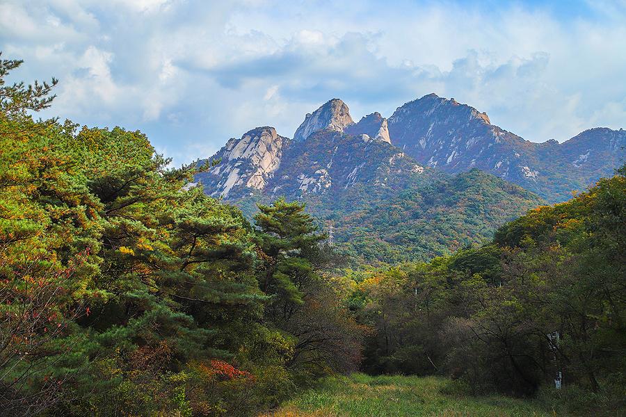 高陽北漢山城全景