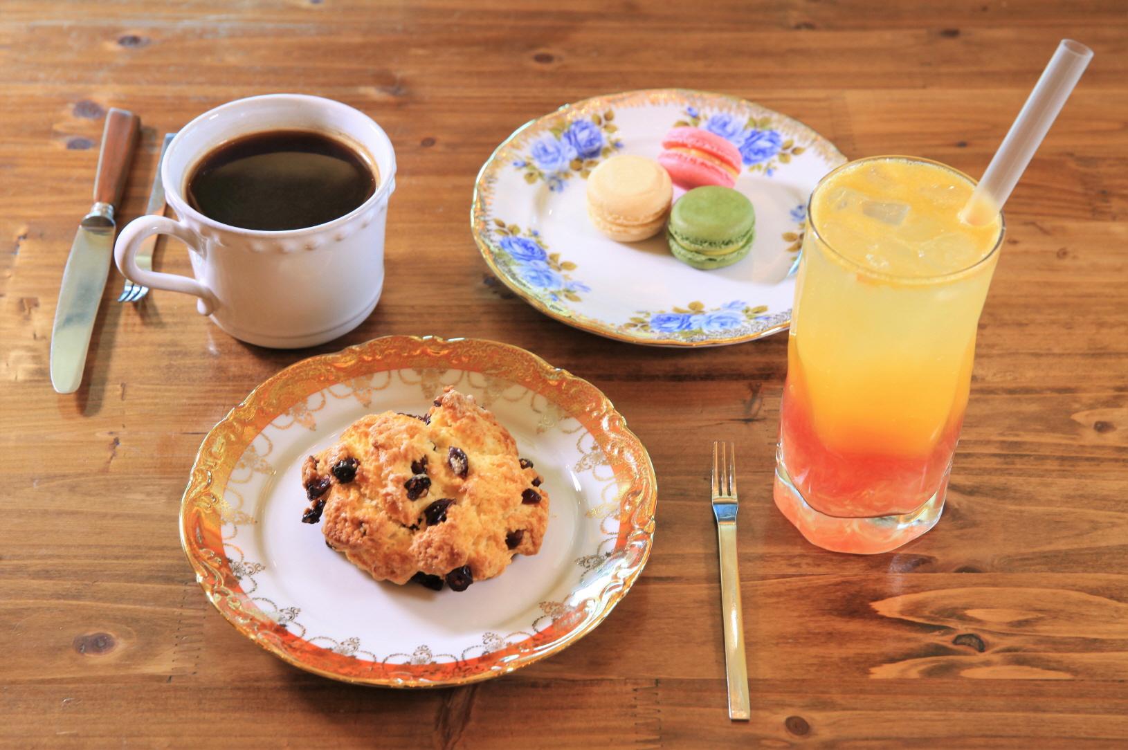 커피공장 &앨리스오븐 사진2
