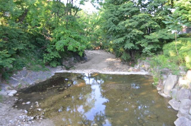 계곡의 모습