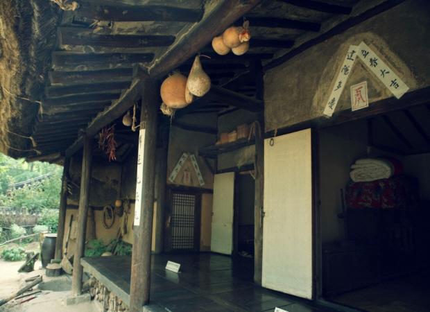 초가집의 모습