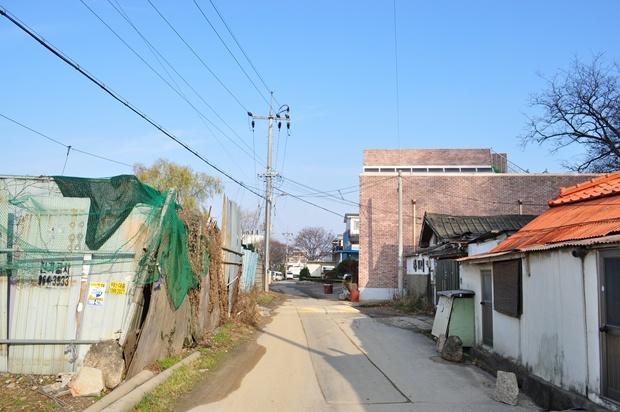 마을 초입의 모습