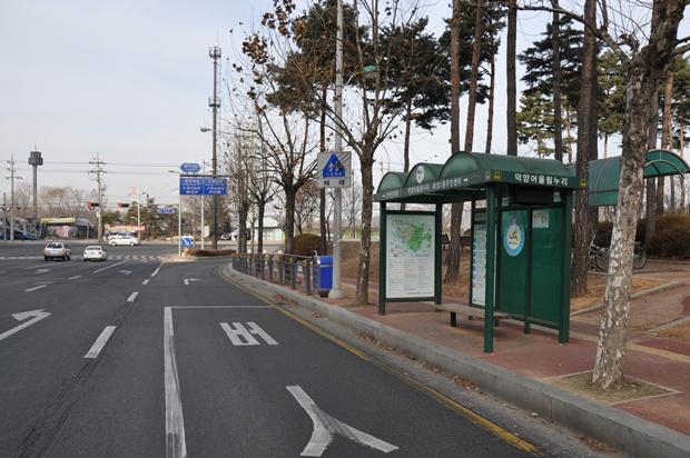 버스정류장의 모습