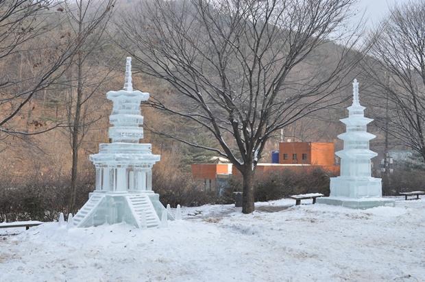 석가탑과 다보탑 얼음조각