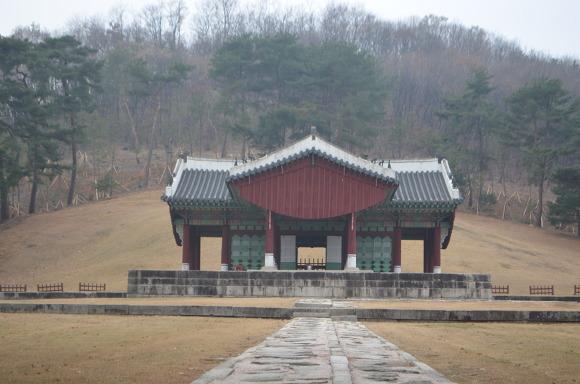동구릉 재실의 모습