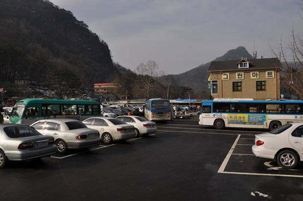 주차장의 모습