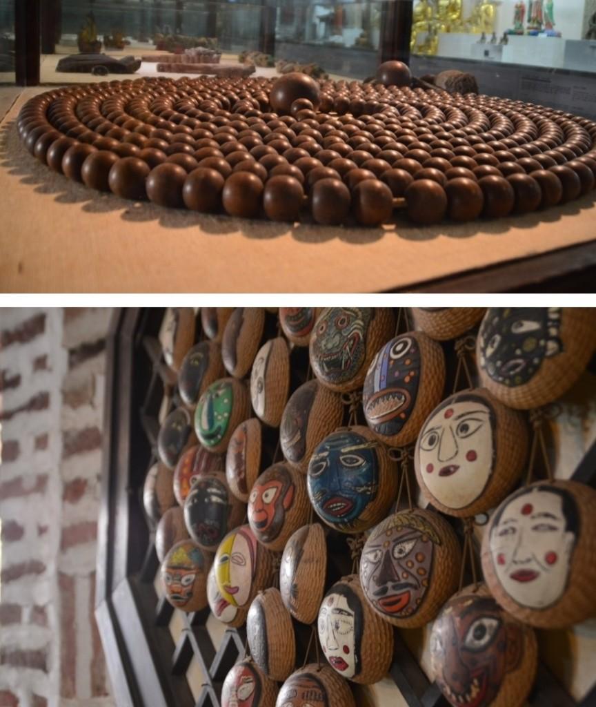 (위)염주 (아래)재밋는 탈 모양이 그려진 동그란 조형물