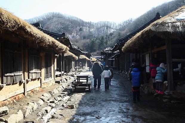 19세기 말 서울의 종로거리