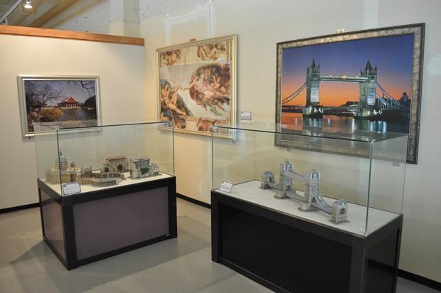 퍼즐로 만든 타워브리지와 성베드로 대성당
