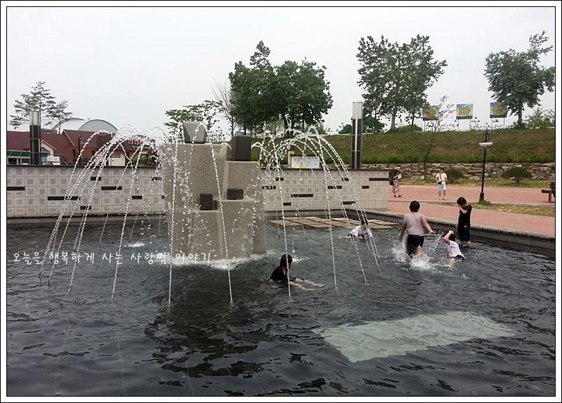 팜랜드 내 물놀이장의 모습