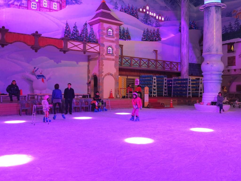 스케이트를 타는 아이들
