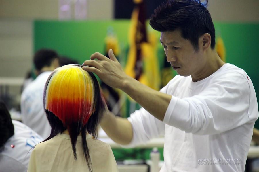 대회에 참가한 참가자의 모습