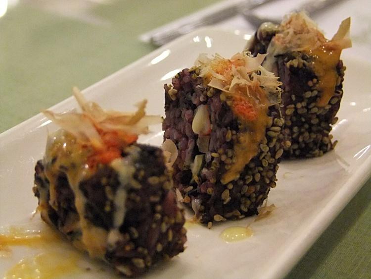 김밥모양의 야채롤