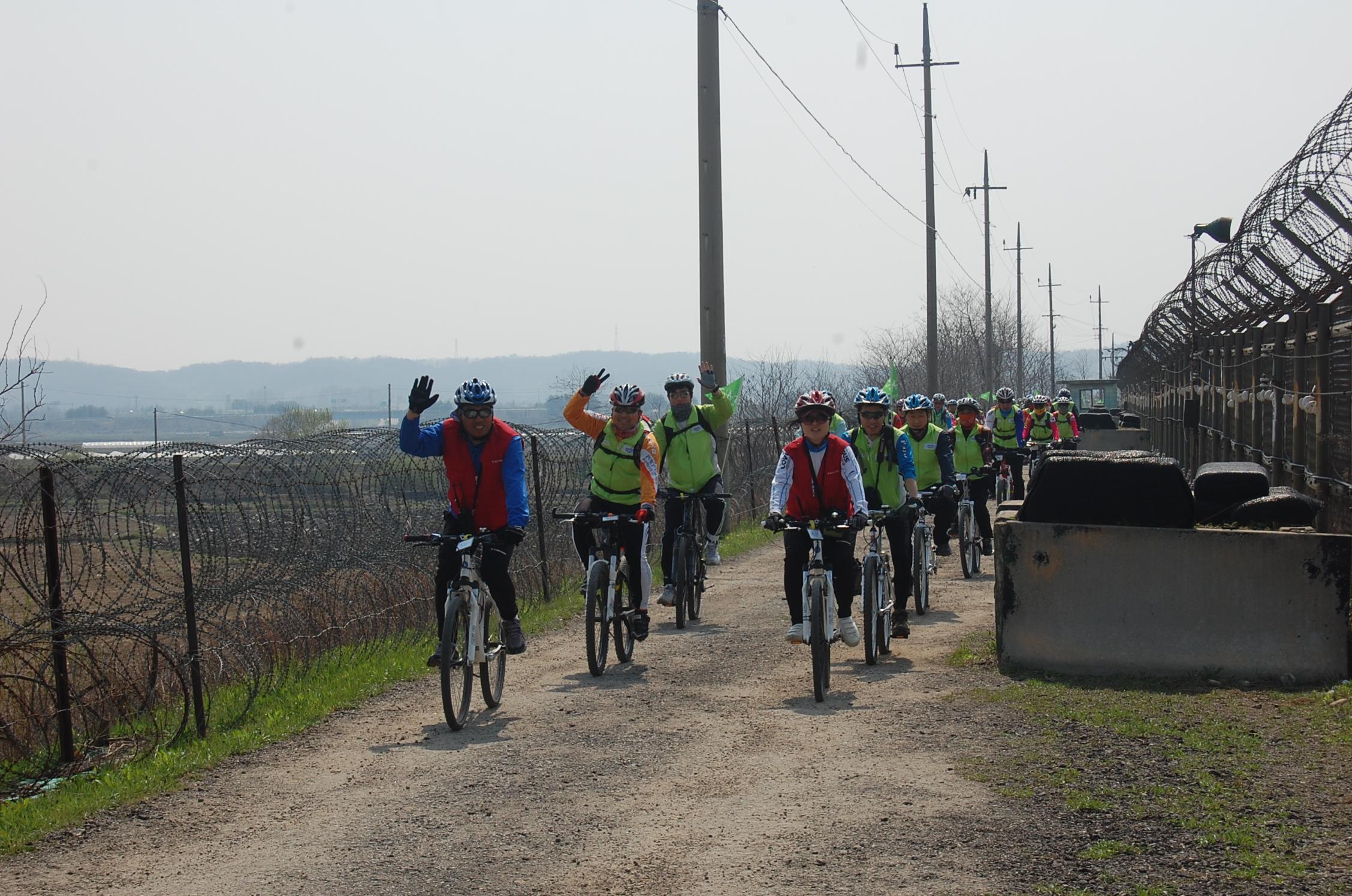 DMZ 자전거투어