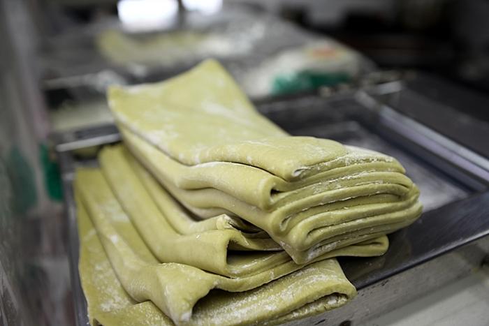 특별히 공개하신 가락국수 면발을 만드는 반죽!