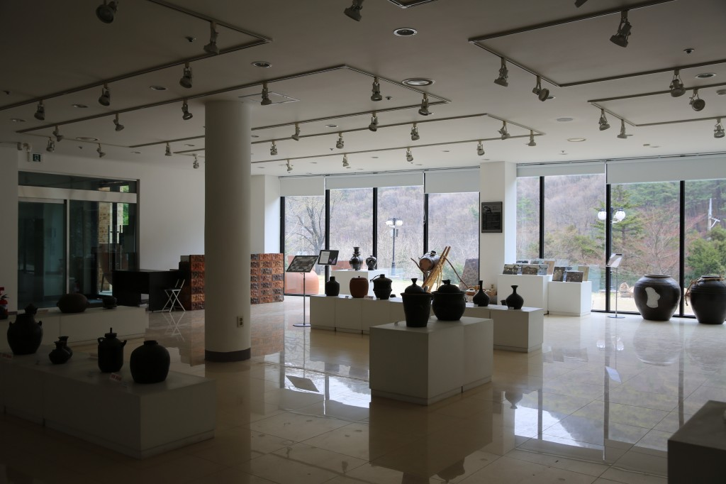 돌박물관 238