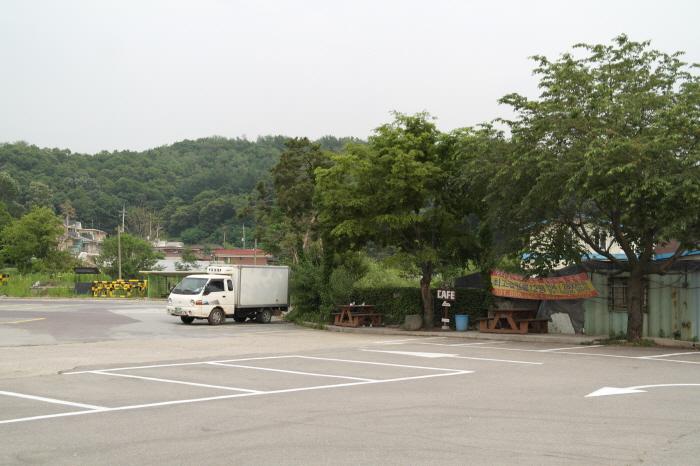 천서리막국수 주차장