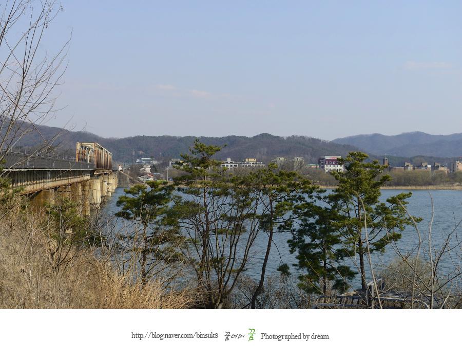 강가와 철교