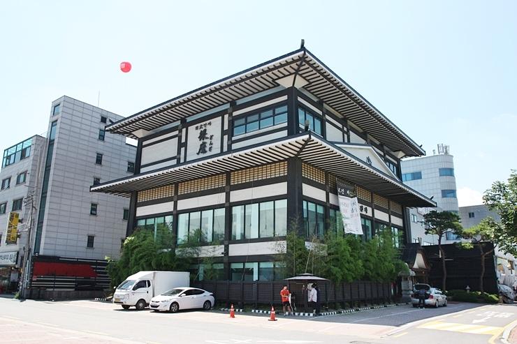 수원 인계동 일식집 긴자 건물 전경