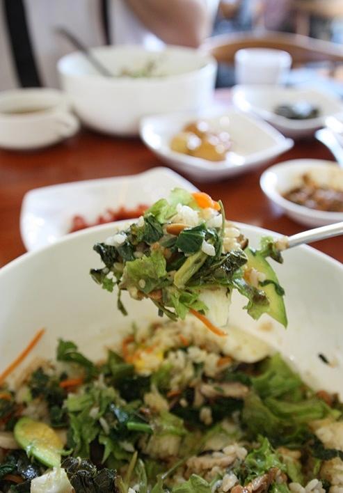 비빔밥 한숟가락