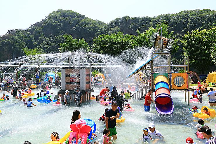 관광지내 물놀이장