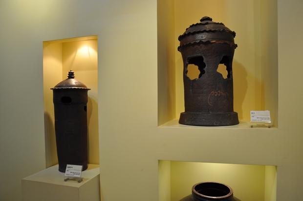 식생활 및 주거생활과 관련된 옹기들