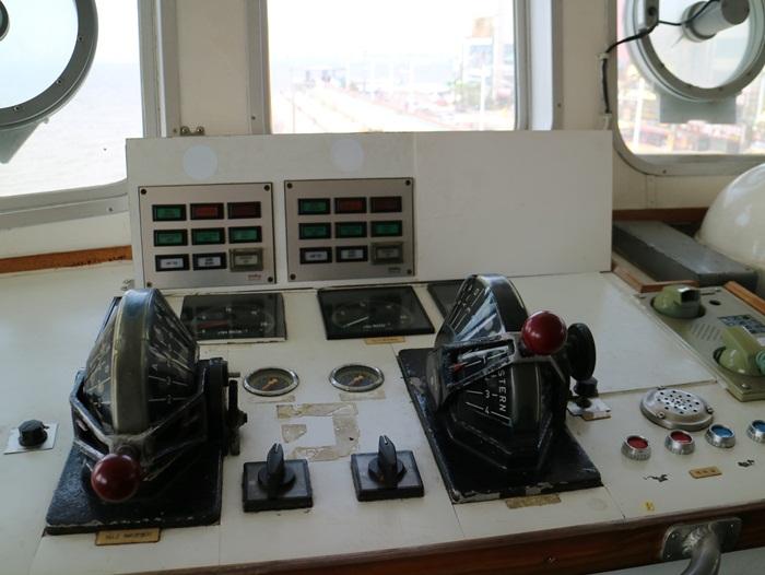 선실의 장비들