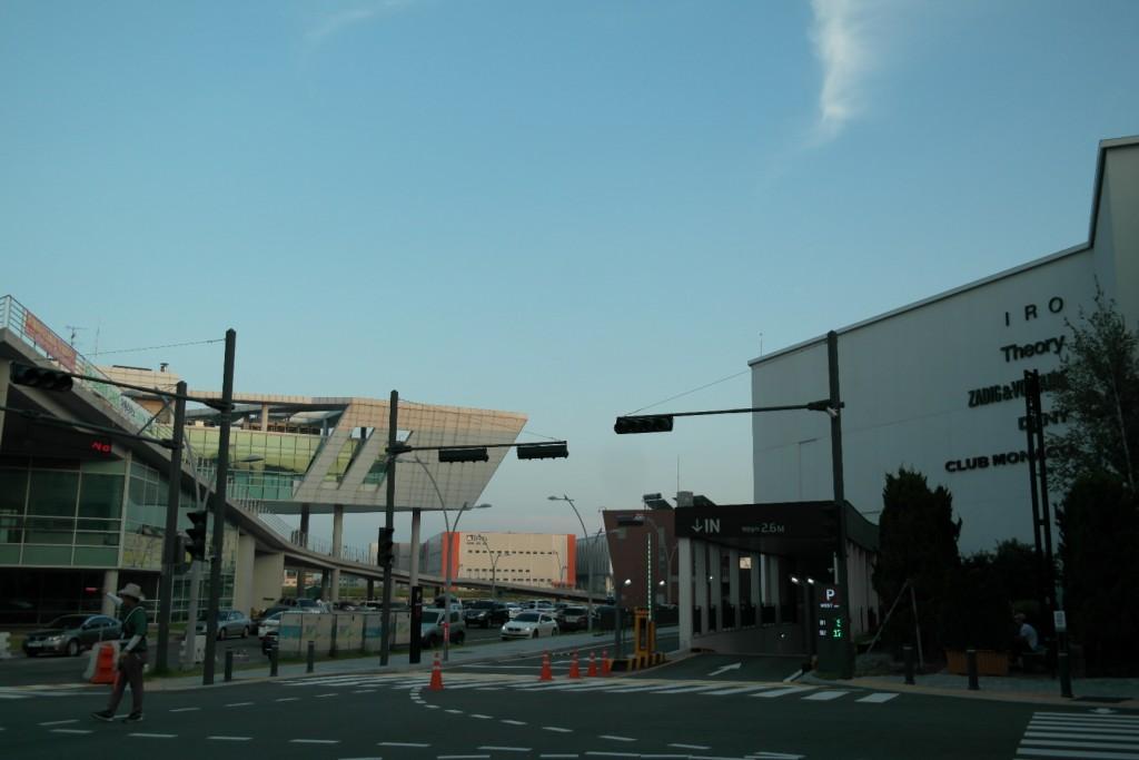 현대아울렛 김포점 앞 전경