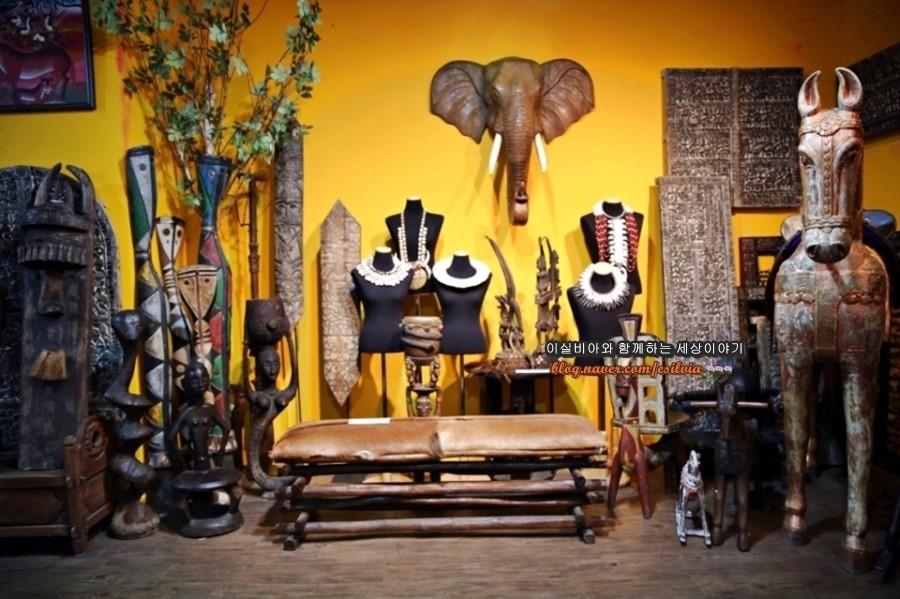 아프리카 민속 공예품들