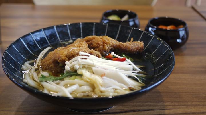 닭다리튀김 우동