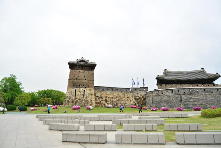 화서문과 서북공심돈