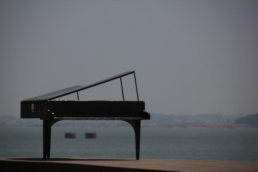 설치미술품 피아노