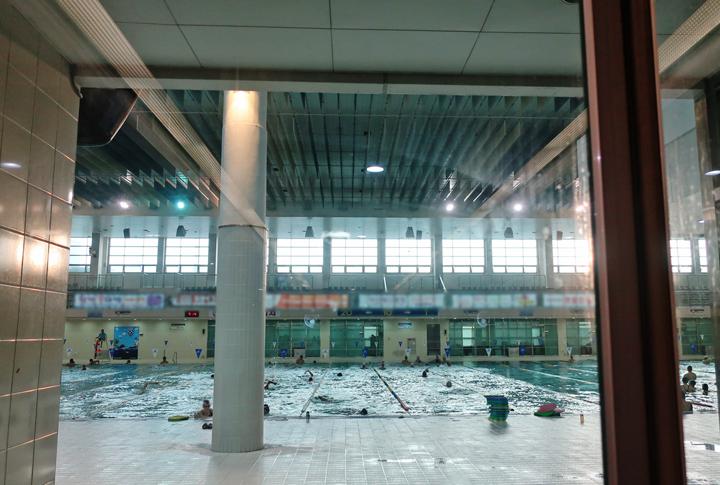 꽃우물 수영장