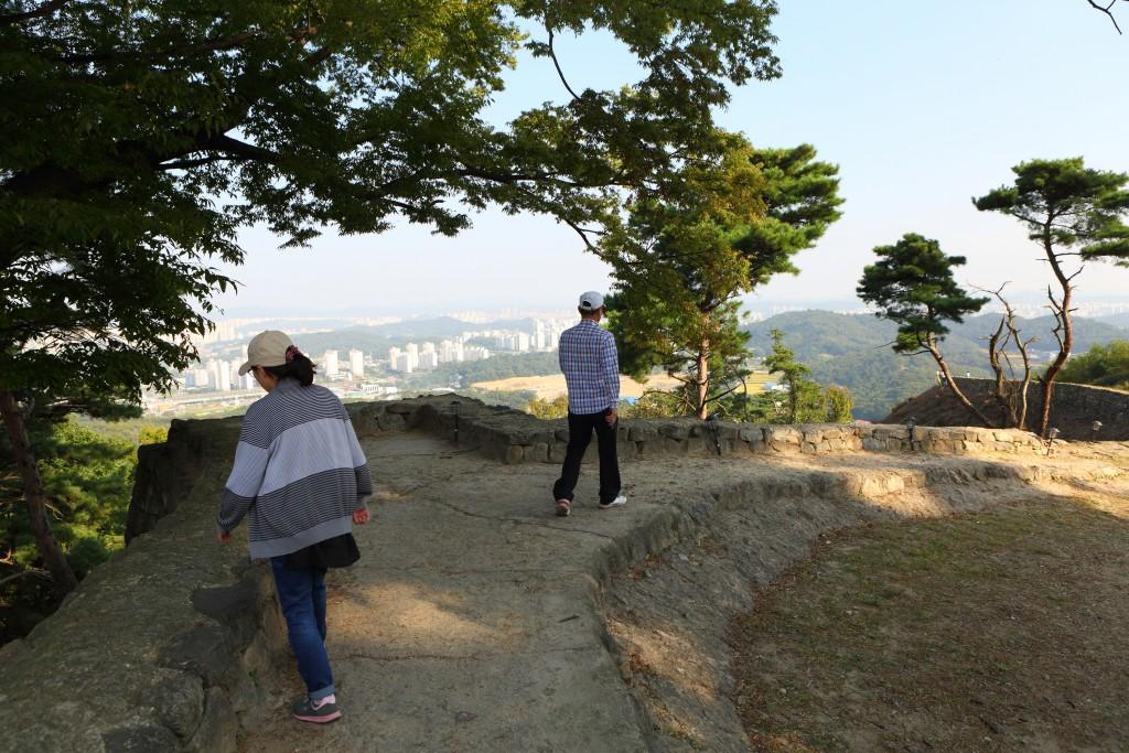 독산성 성곽 트레깅 모습