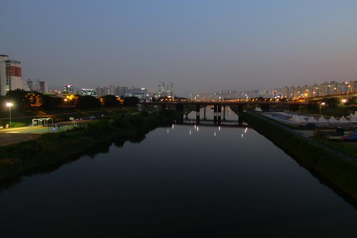 광명햇살공원의 밤