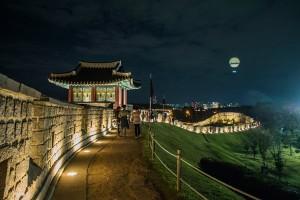 경기도 가볼만한곳 야경이 아름다운 수원화성 성곽길