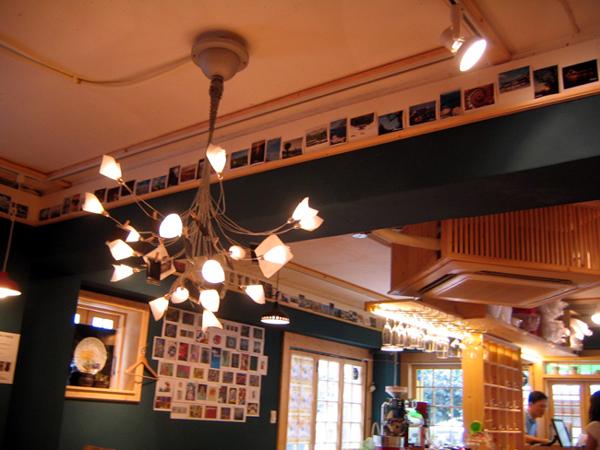 카페의 조명