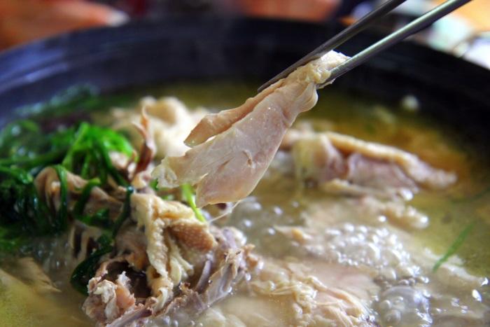 가평 멧돌바위양어장 식당 토종 닭백숙