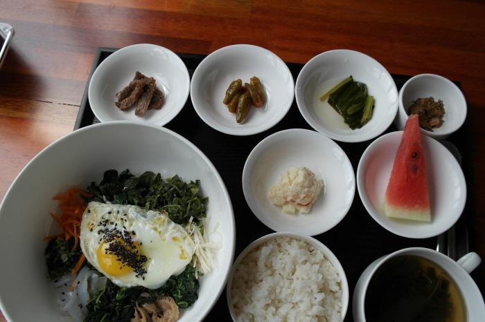 산나물 비빔밥