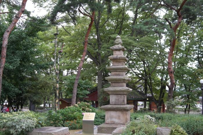 용주사 오층석탑