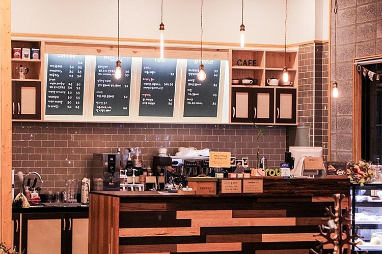 카페 목요일012