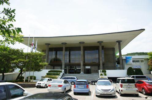 처인홀문예회관(구.용인시문예회관)