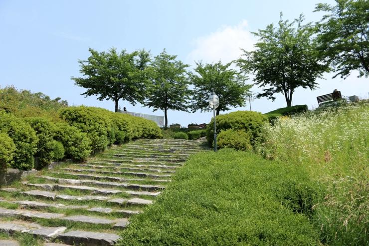 율동공원 산책로