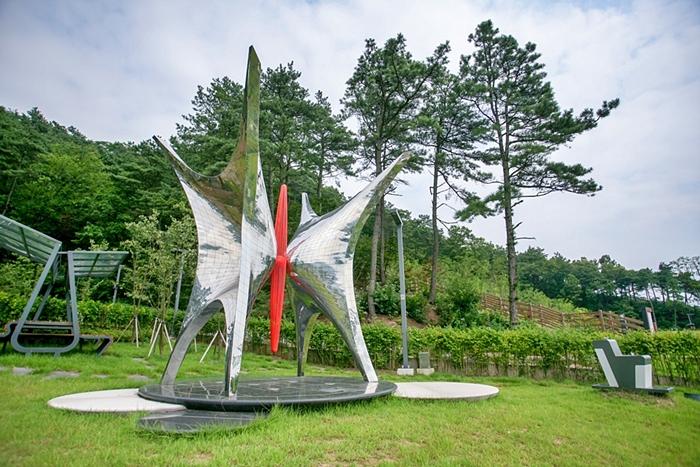 민주화운동기념공원024