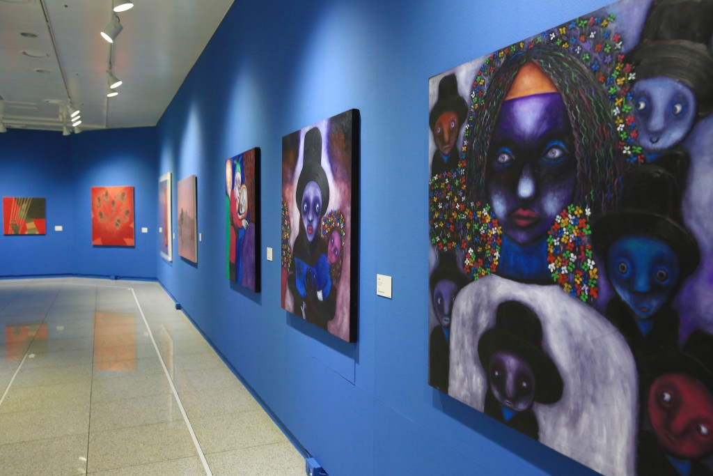 케냐의 리차드 기마시의 작품들