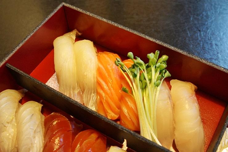 생선초밥 도시락