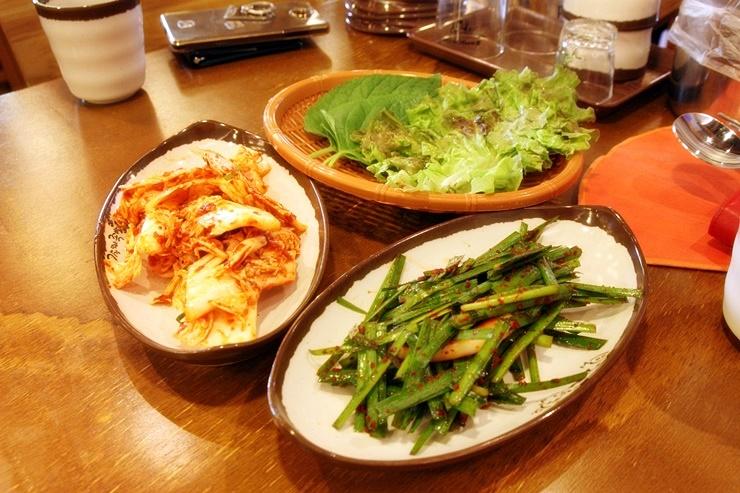 야채와 겉절이, 부추무침