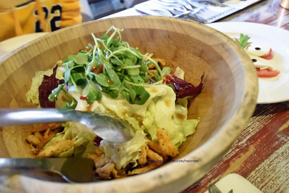 닭고기 야채 샐러드