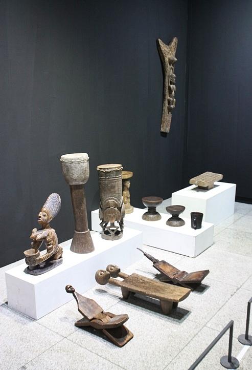 아프리카에서 만들어진 조형물들