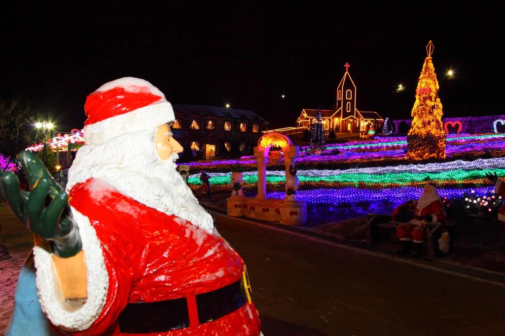 포천 허브아일랜드의 산타할아버지와 예쁜 조명들