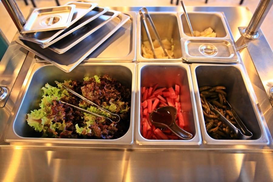 야채 셀프 코너의 야채들